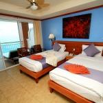 hotelroomseaview