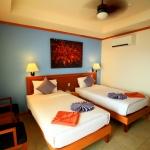 hotelroomtwin