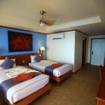 hotelroomtwin2