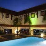 2010-pool-evening-lr