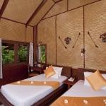 2010-room-standard-bungalow-lr
