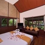 2010-room-superior-bungalow-a-lr