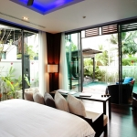 re_pool-villa-bed-room-1