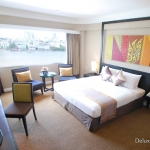 2-1-deluxe-room-ramada-plaza-menam-riverside-bangkok