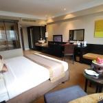 2-2-deluxe-room-ramada-plaza-menam-riverside-bangkok