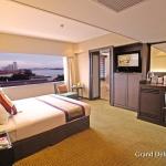 3-1-grand-deluxe-room-ramada-plaza-menam-riverside-bangkok-01