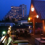 hotel_exterior_night