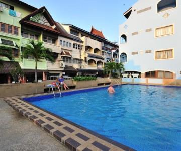 Thipurai Beach Hotel ***
