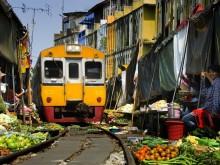 Barevné trhy kolem Bangkoku