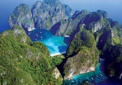 Phi Phi Island na rychlo člunu
