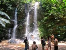 Národní park a vodopád Klong Jak