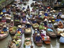 Plovoucí trh Tha Kha