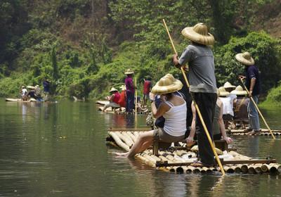 Řeka Kwai s jízdou na slonech & Bamboo Rafting